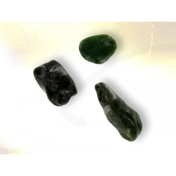 nephrite jade gemstone bijoux esot 233 riques
